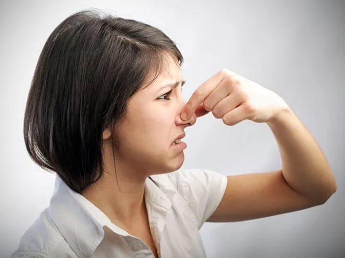 Как проверить есть ли перегар изо рта в домашних условиях