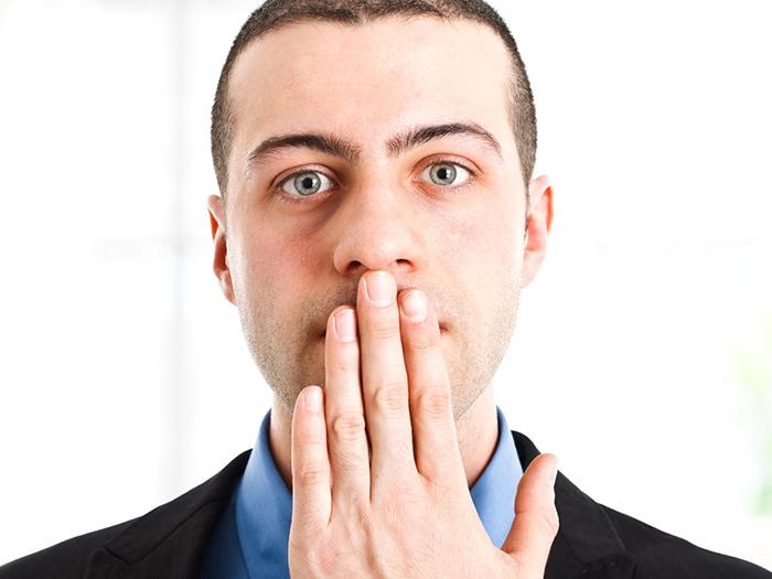 Как избавиться от запаха похмелья изо рта
