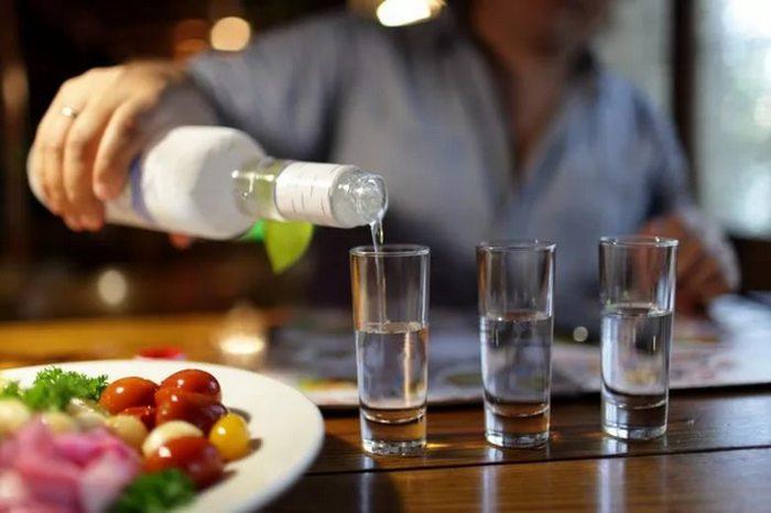как правильно пить водку чтобы не тошнило