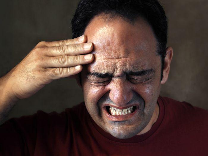 почему после пьянки болит голова