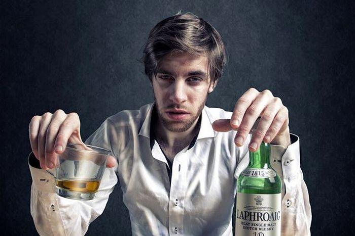 признаки алкоголизма у мужчины на лице