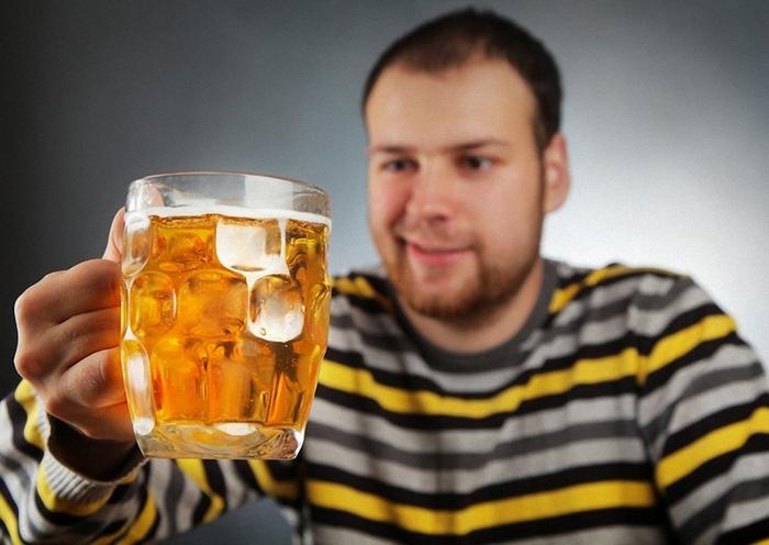 понос от алкоголя причины
