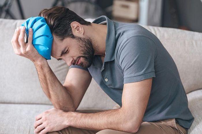 что делать если болит голова после пьянки