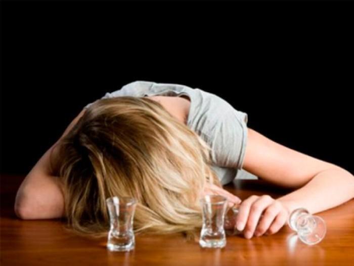 как отучить девушку от алкоголя