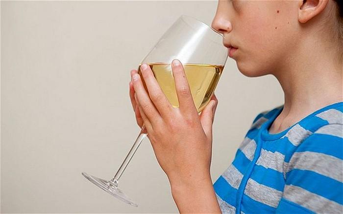 у матери сын алкоголик