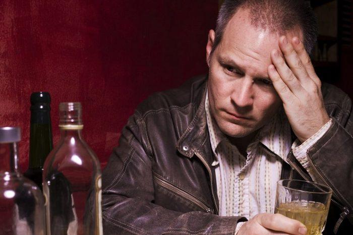 развитие алкоголизма у мужчин