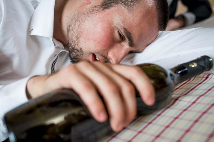 алкоголизм и стадии алкогольной болезни