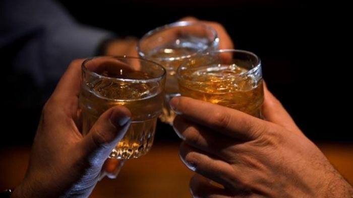 Гептрал можно принимать с алкоголем