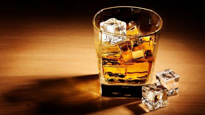 можно ли принимать флюкостат с алкоголем