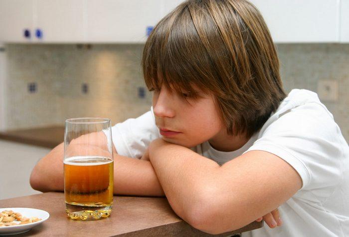 алкогольное отравление подростка