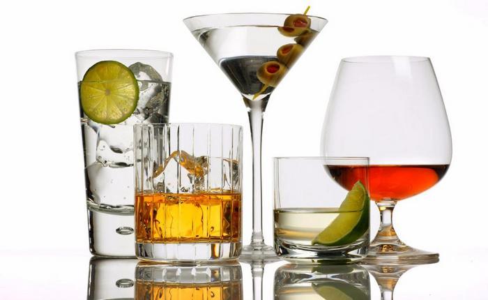 немеет левая рука после алкоголя