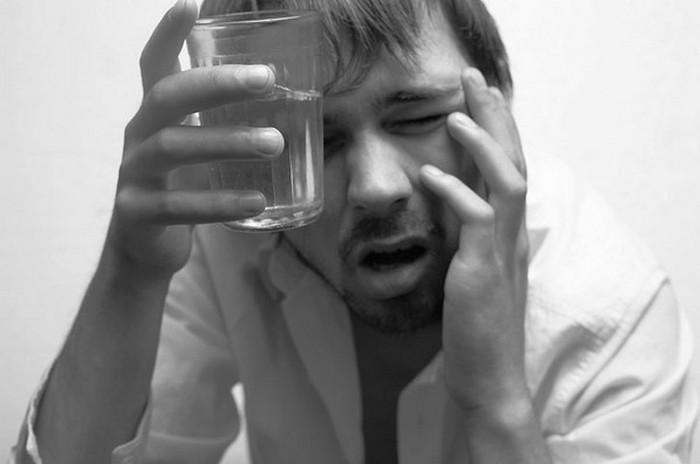 Нашатырный спирт при алкогольном опьянении и для лечения запоя