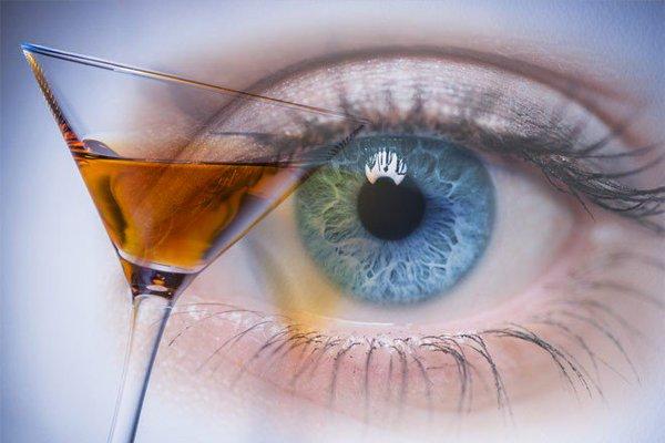 эффект алкоголя на глаза