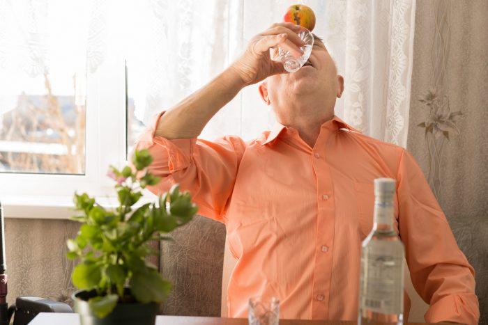 причины «пожилого» алкоголизма
