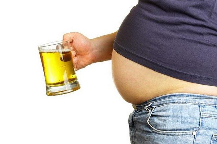 алкоголь провоцирует накопление жира