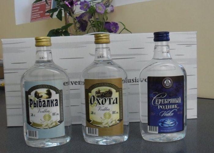 водка в пластиковой бутылке