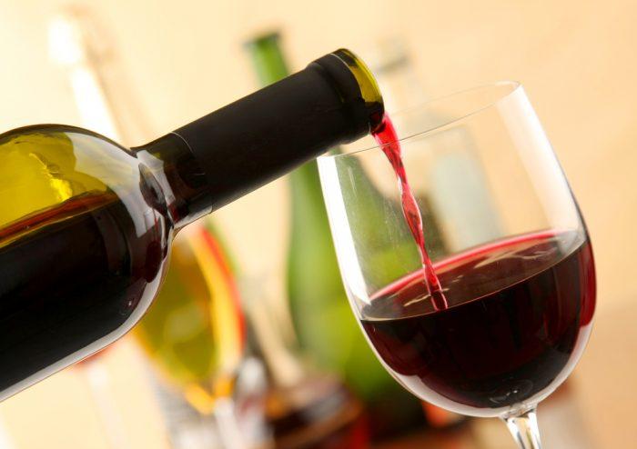 для здоровья выпить бокал вина намного полезней