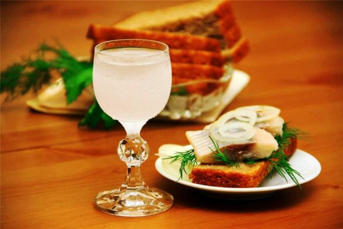 водка стимулирует пищеварение