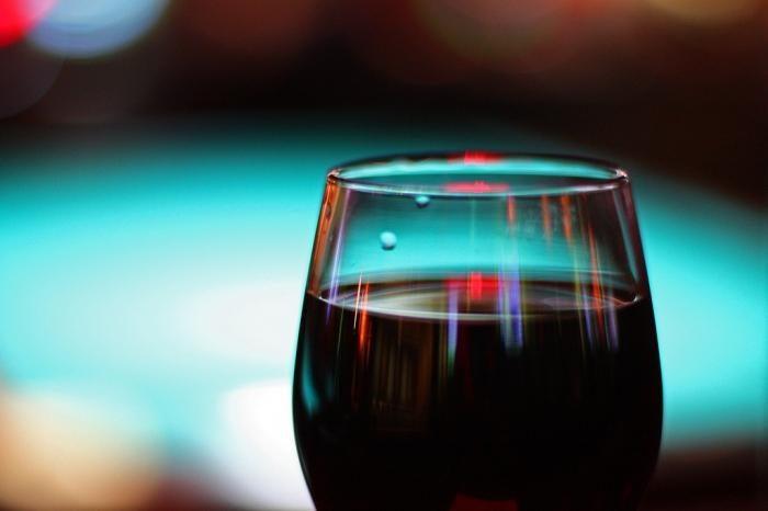 Чем сильнее разведено спиртное, тем медленнее происходит всасывание