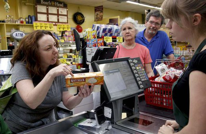 плохие покупатели в магазинах
