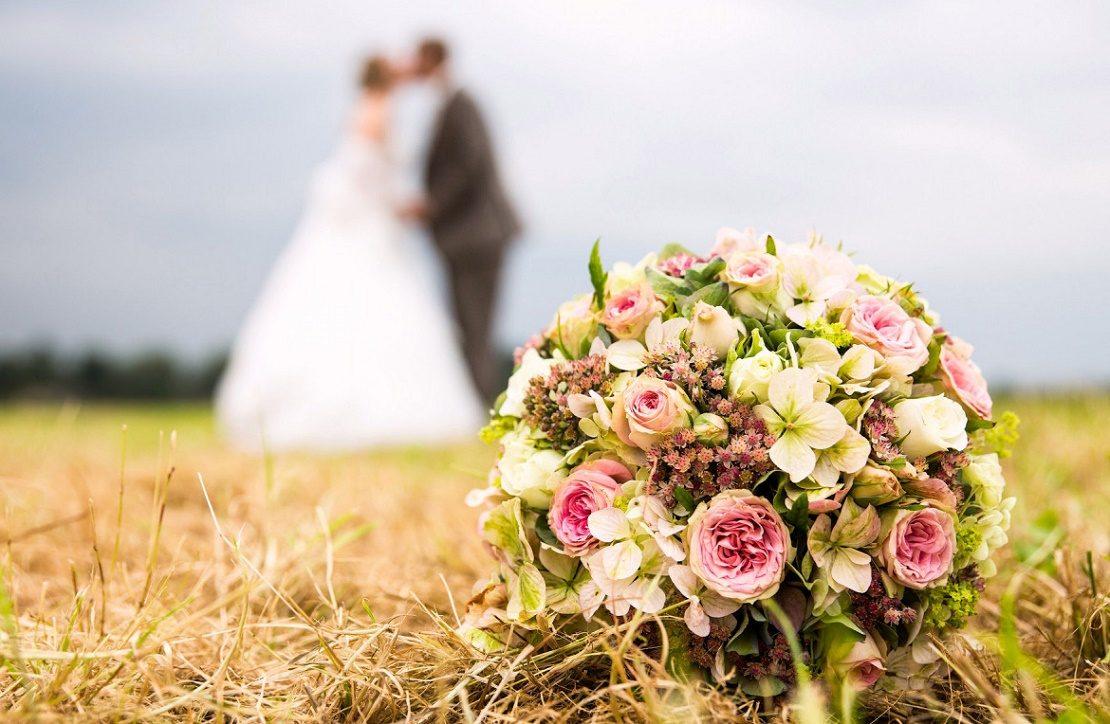 свадьба и букет